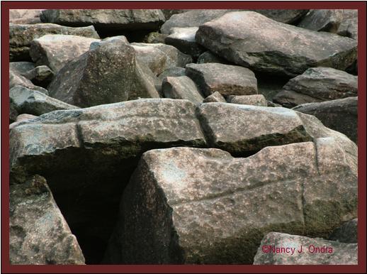 Boulders at Ringing Rocks May 8 08