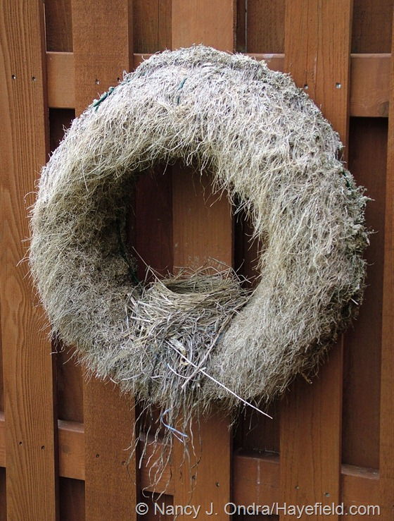 Turf grass wreath with robin's nest at Hayefield